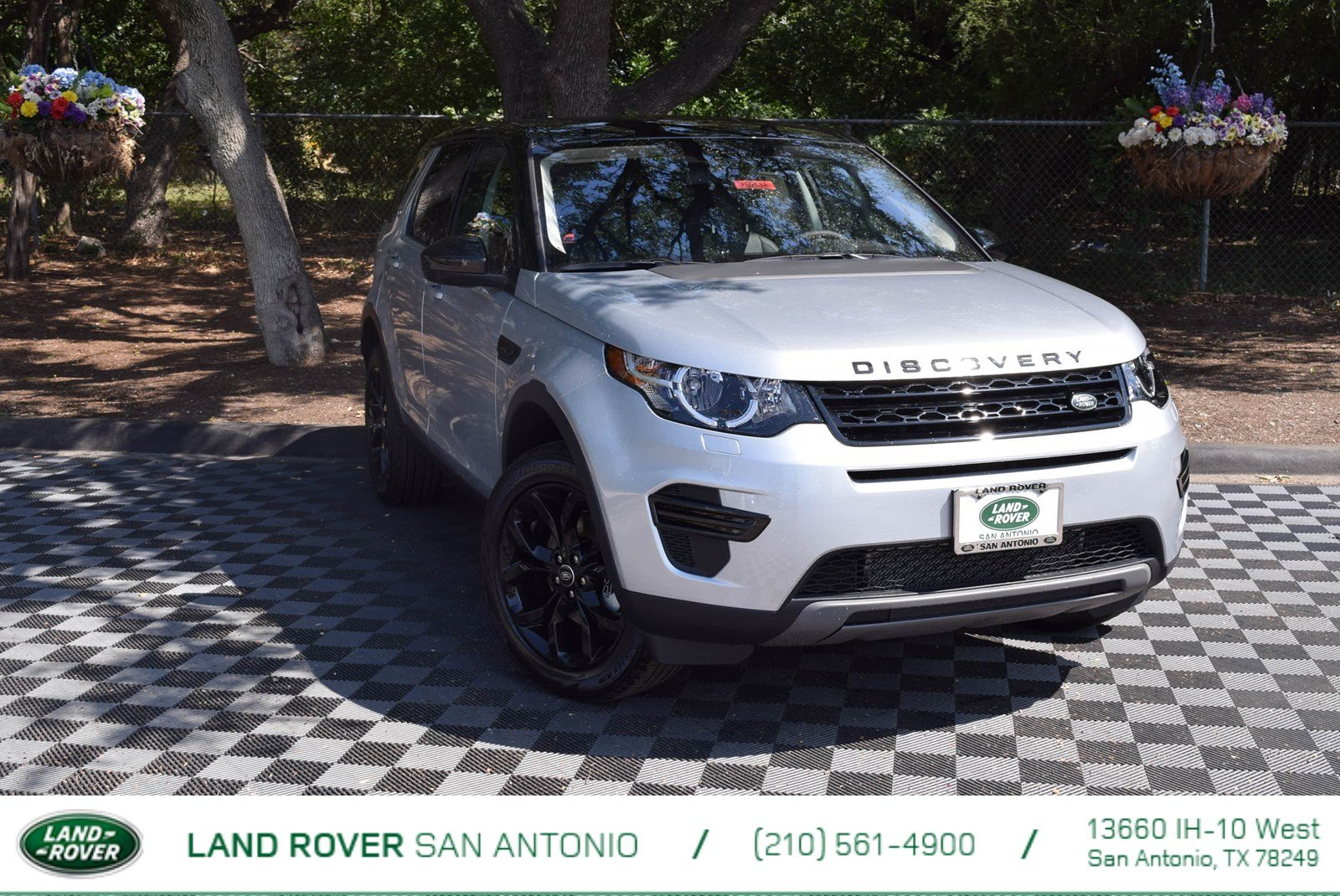 2017 Land Rover Discovery Sport SE With Navigation & 4WD