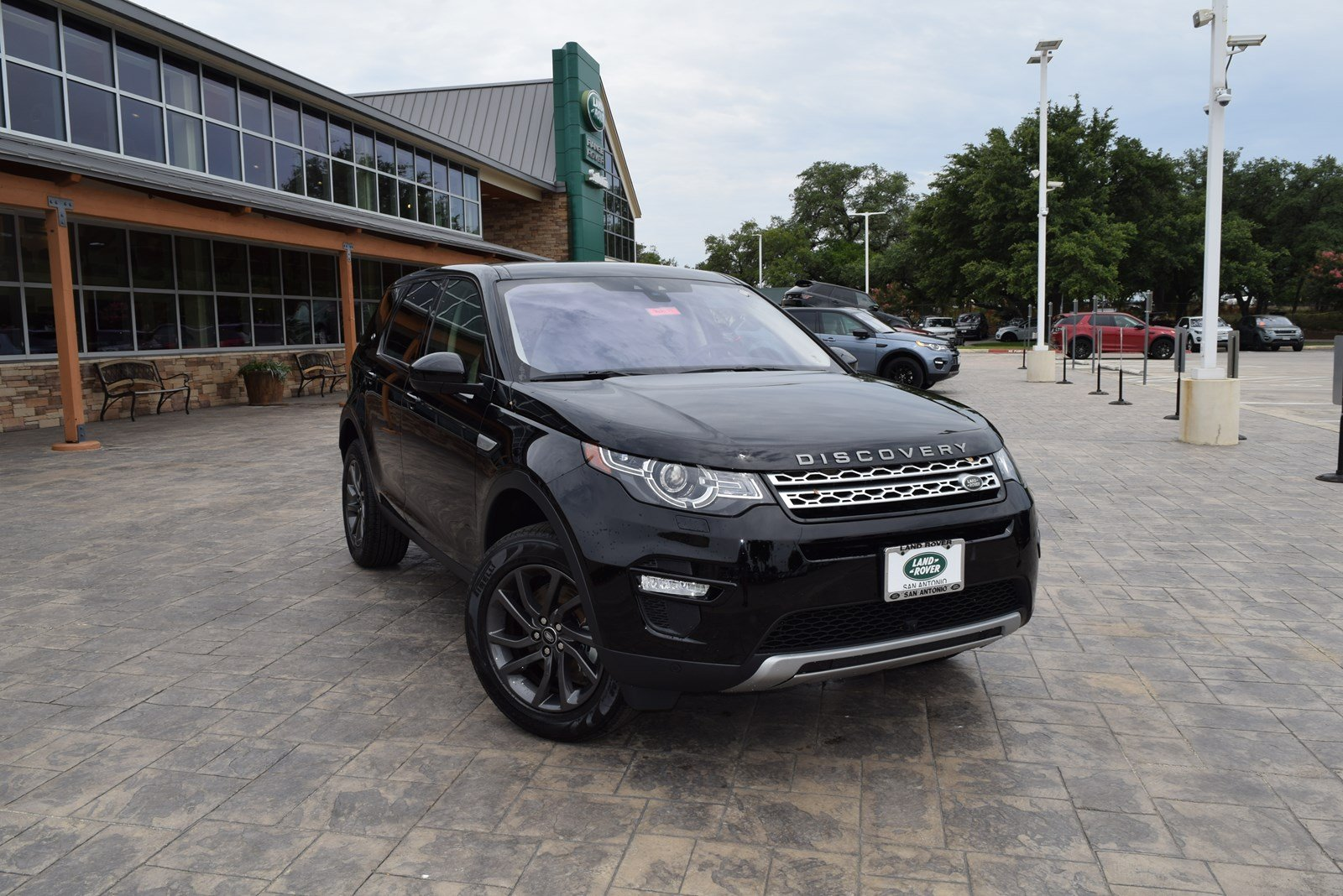 New 2018 Land Rover Discovery Sport HSE With Navigation & 4WD