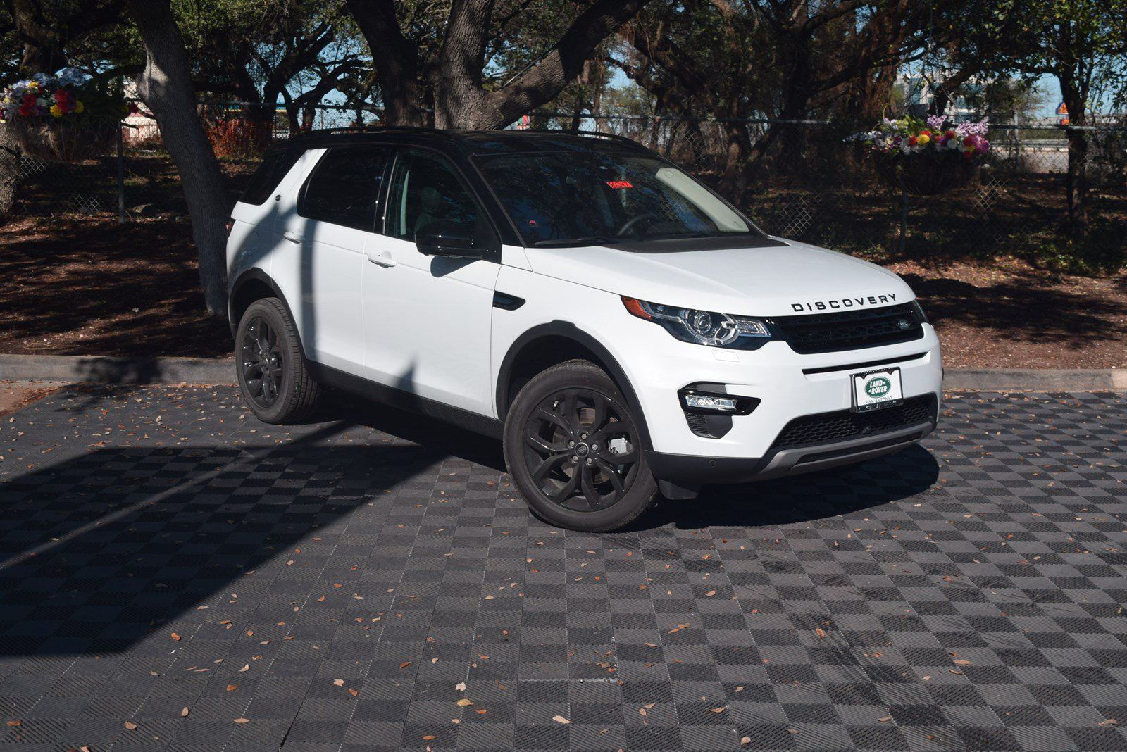 New 2018 Land Rover Discovery Sport Hse 4 Door In San Antonio 86247