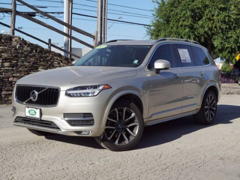 Pre-Owned 2017 Volvo XC90 T6 Momentum With Navigation & AWD
